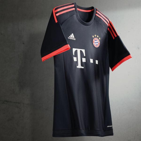 Maillot Bayern third