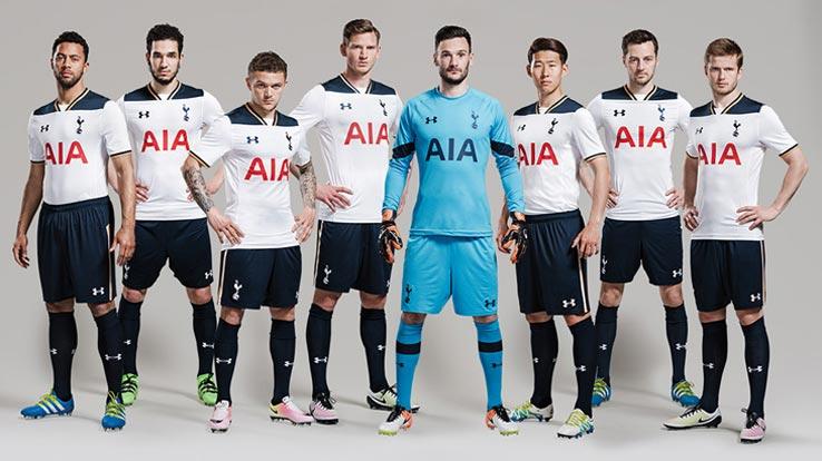 Les Spurs avec leur nouveau maillot domicile